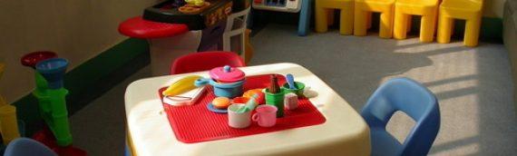 De creativiteit van kinderen stimuleren door samen te gaan bakken
